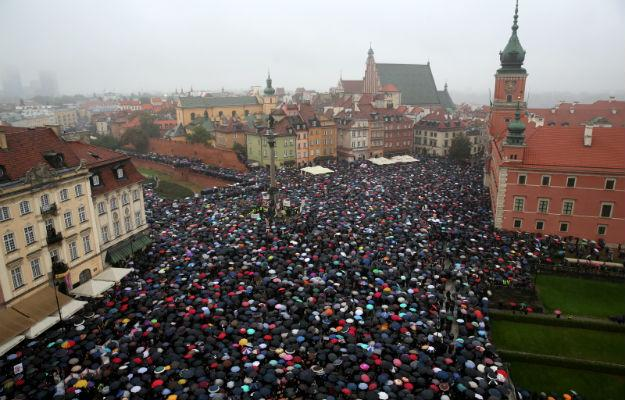 polish women czarny protest